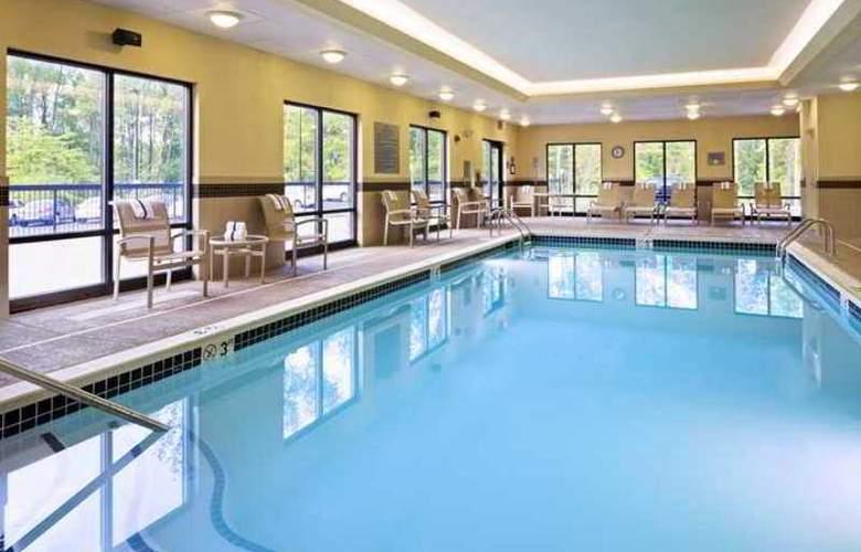 Hampton Inn & Suites Mt. - Hotel - 3
