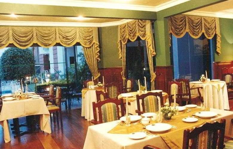 Royal Lodge - Restaurant - 5