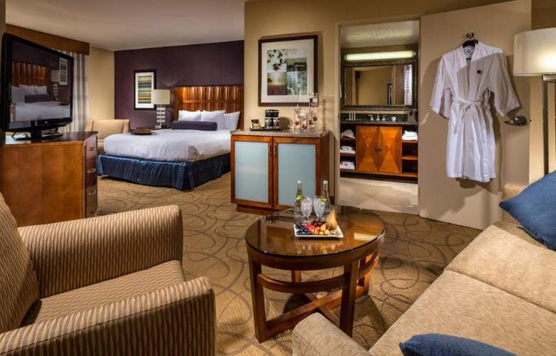 DoubleTree by Hilton Carson - Room - 14