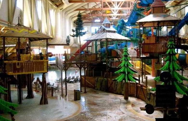 Great Wolf Lodge Niagara Falls - Pool - 4