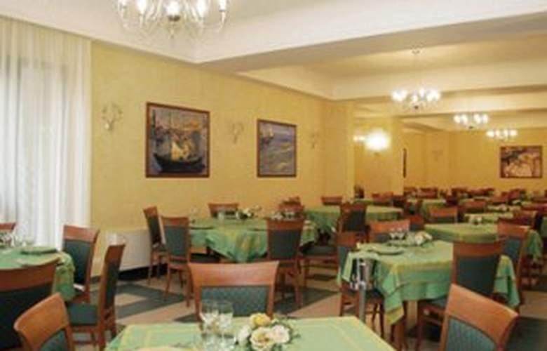 Ruggero II - Restaurant - 5