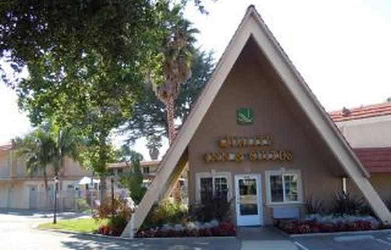 Quality Inn & Suites Thousand Oaks - Hotel - 0
