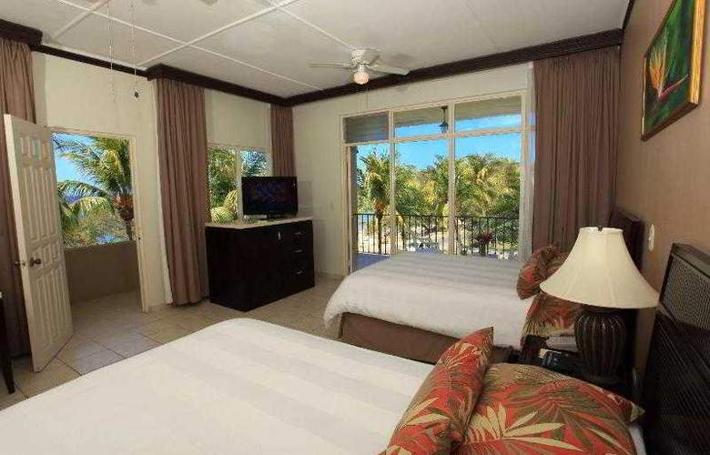 Flamingo Beach Resort - Room - 9