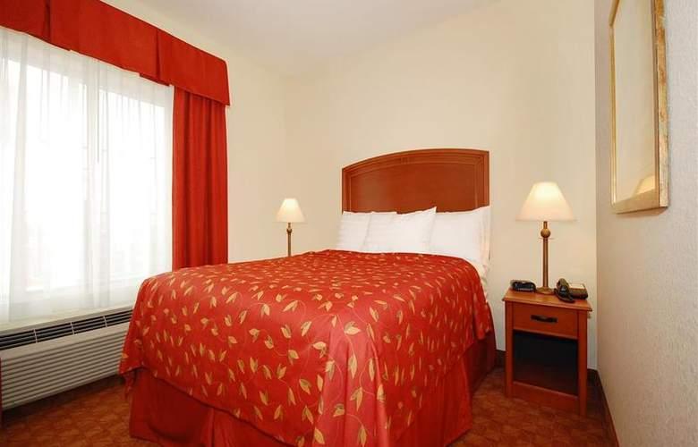 Best Western Plus San Antonio East Inn & Suites - Room - 115