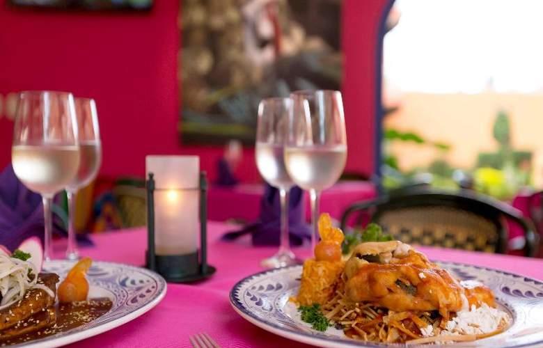 Villa Del Mar Resort & Spa - Restaurant - 5