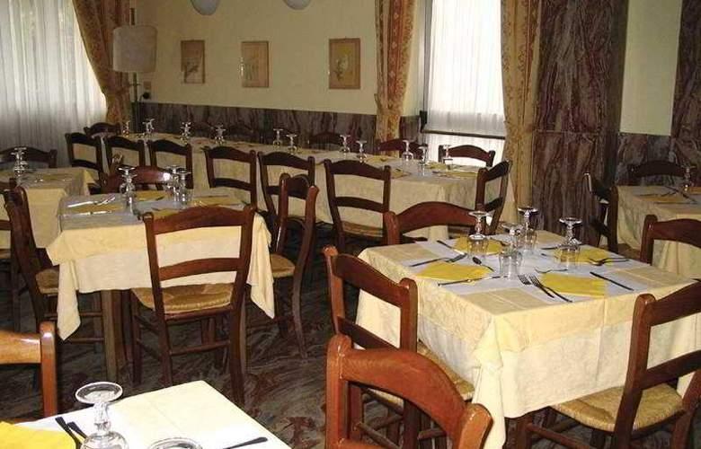 Corolle - Restaurant - 3