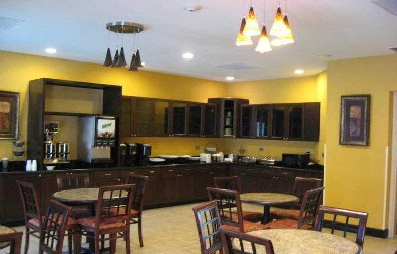 Best Western Plus Cecil Field Inn & Suites - Hotel - 8