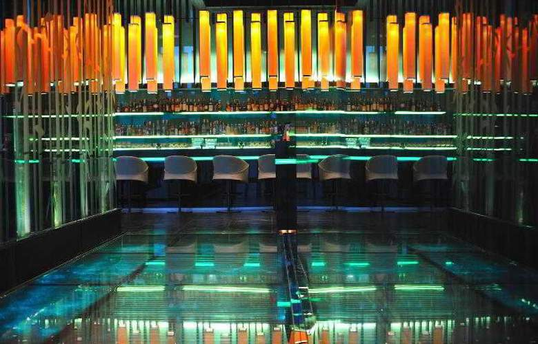 Le Meridien Bangkok - Bar - 32