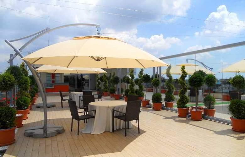 Marshal Garden - Terrace - 3