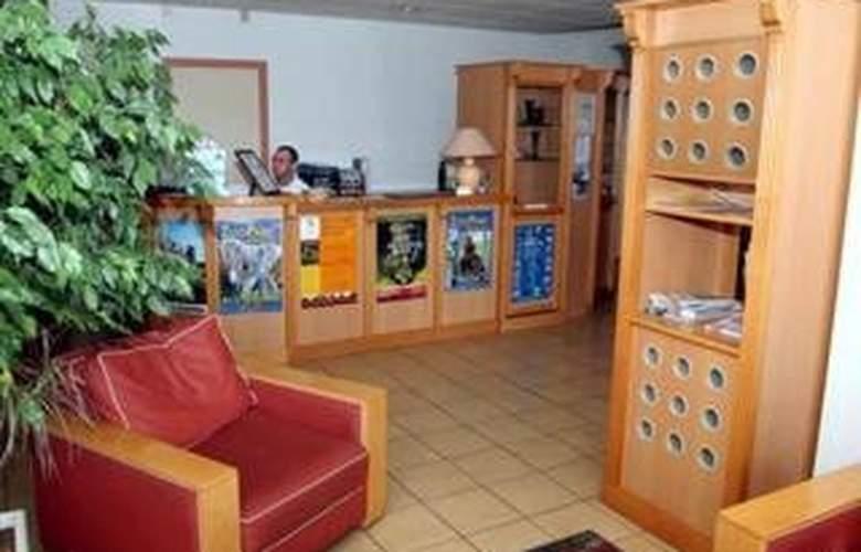 Comfort Hotel Vierzon - General - 2
