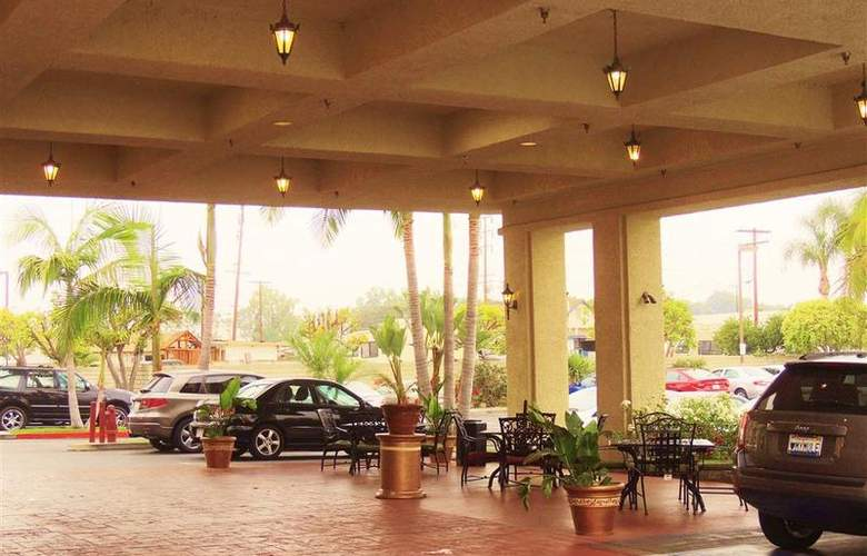 Best Western Plus Anaheim Orange County - Hotel - 32