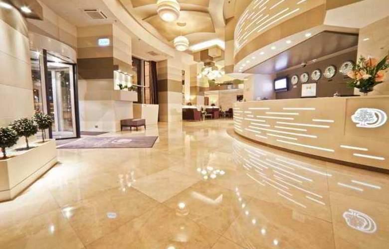 Doubletree by Hilton Hotel Bucharest - Unirii - Hotel - 11