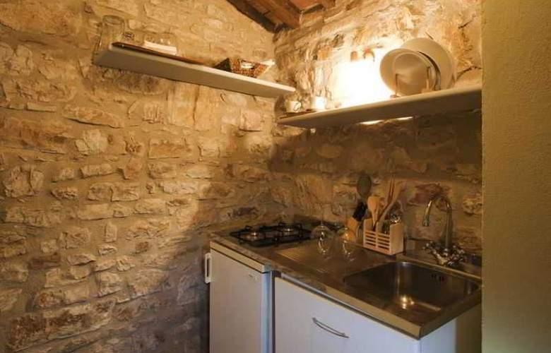 Castello Valenzino - Room - 6