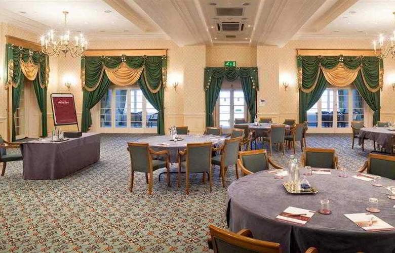 Hythe Imperial - Conference - 6