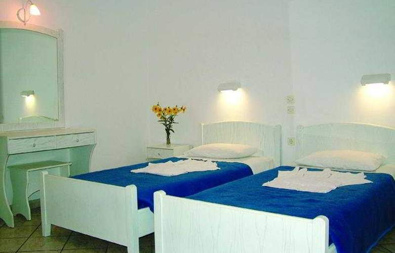 Niouris Apartments - Room - 3