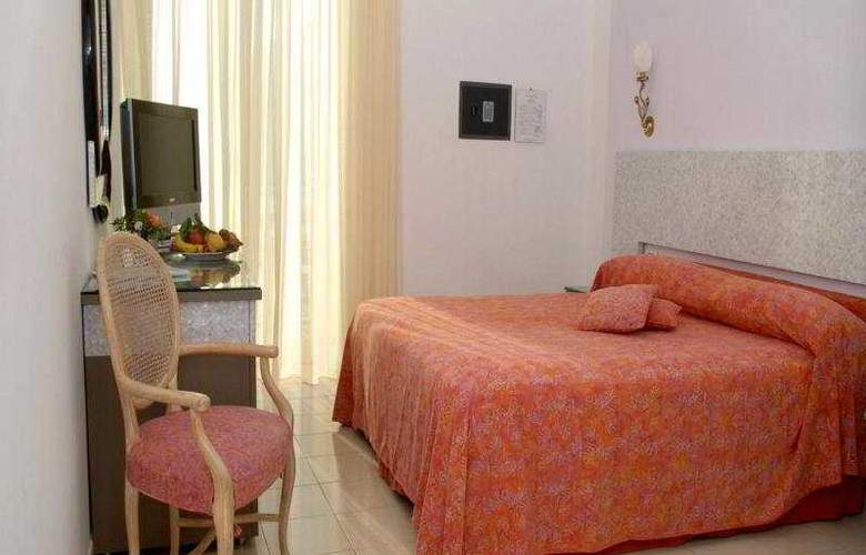 Marina Riviera - Room - 4