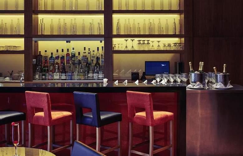 Mercure Curitiba Batel - Bar - 85