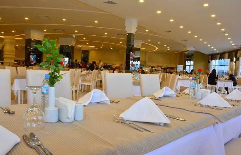 Water Side Delux Resort - Restaurant - 72