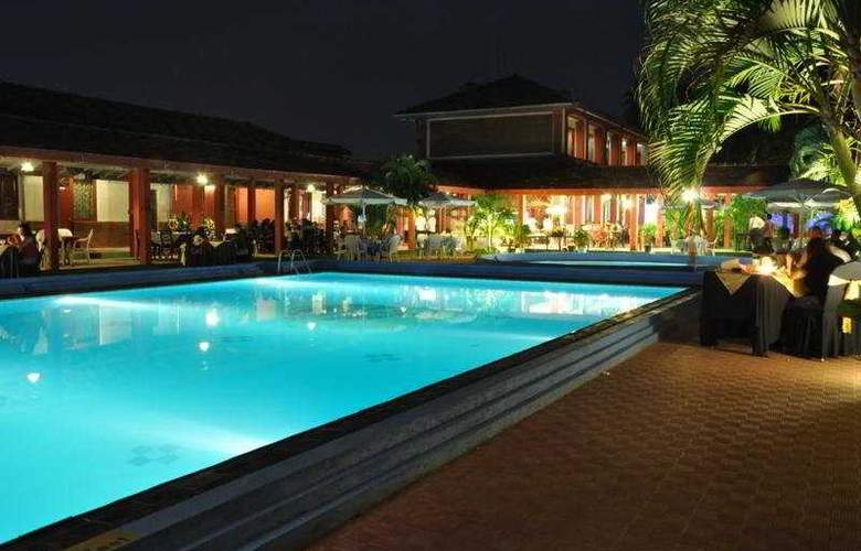 Full Moon Garden - Pool - 5