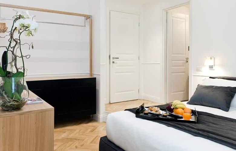 Vanity - Room - 3