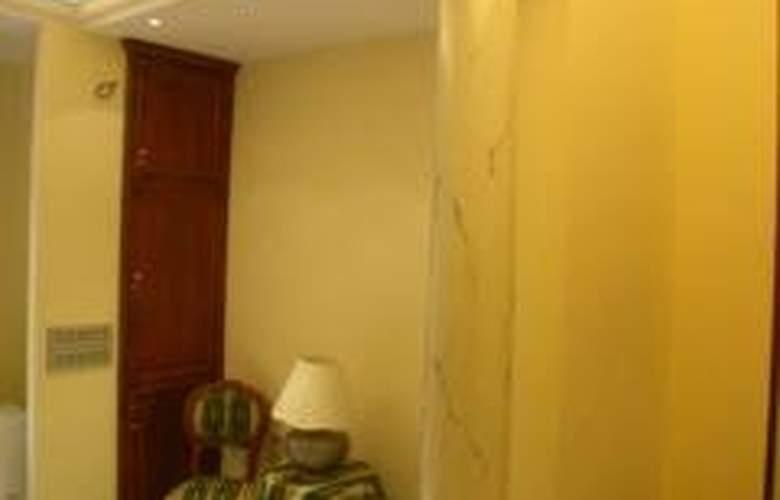 Quiriti - Room - 6