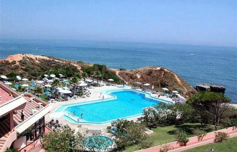 Auramar Beach Resort - Pool - 5