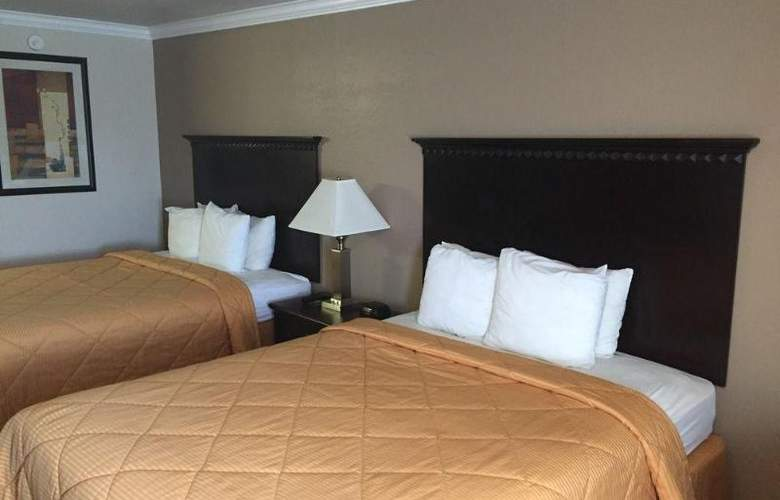 SureStay Plus by Best Western Lompoc - Room - 1