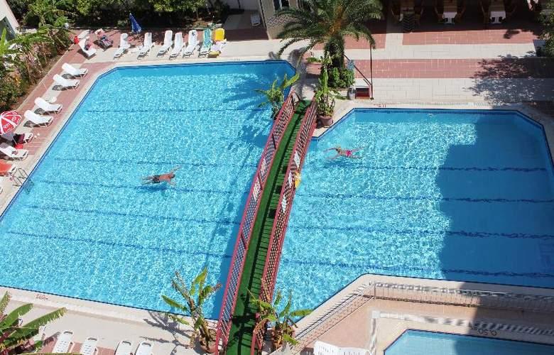 Gazipasa Star Hotel & Apart - Pool - 4