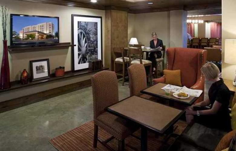 Hampton Inn Austin-Round Rock - Hotel - 3