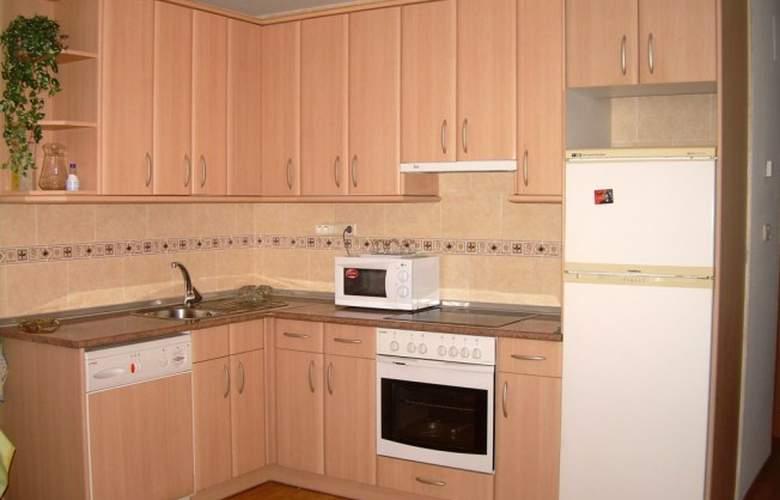 Apartamentos Biescas 3000 - Room - 5