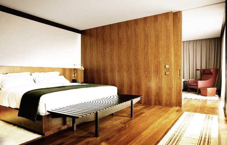 Square Nine Belgrade - Room - 8
