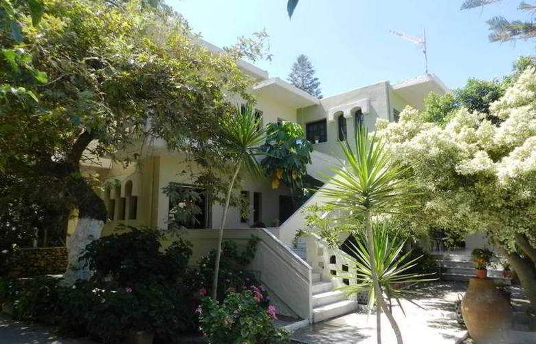 Evangelos Apartments - Hotel - 1
