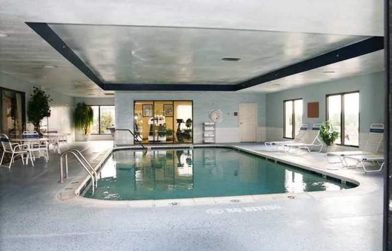 Hampton Inn Dublin - Hotel - 3