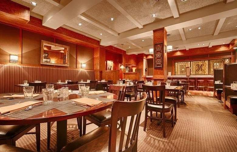 Best Western Plus The Normandy Inn & Suites - Restaurant - 55