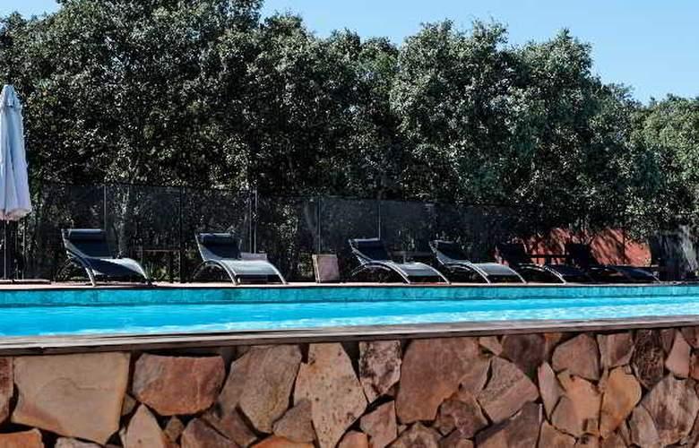 Disini - Pool - 1