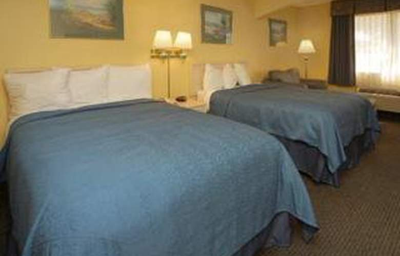 Quality Inn & Suites (Grand Praire) - Room - 4