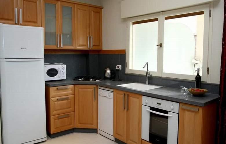 Yarden Sea Side Apartments - Room - 3