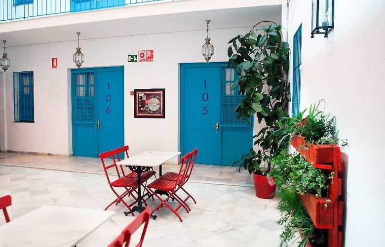 Casual Sevilla de las Letras - Terrace - 60