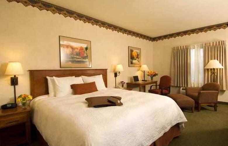 Hampton Inn & Suites Los Alamos - Hotel - 8