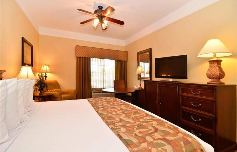 Best Western Plus Monica Royale Inn & Suites - Room - 128