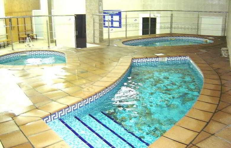 Best Oasis Tropical - Pool - 17