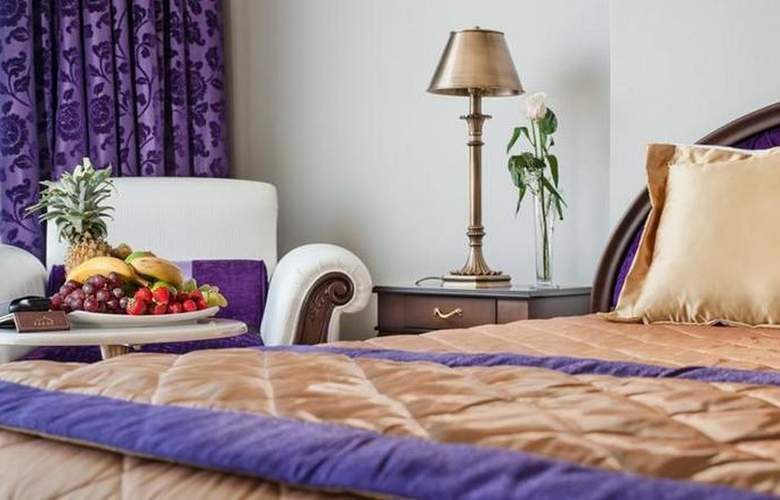 Saraya Corniche - Room - 4