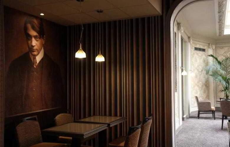Best Western Hôtel Littéraire Premier Le Swann - Hotel - 81