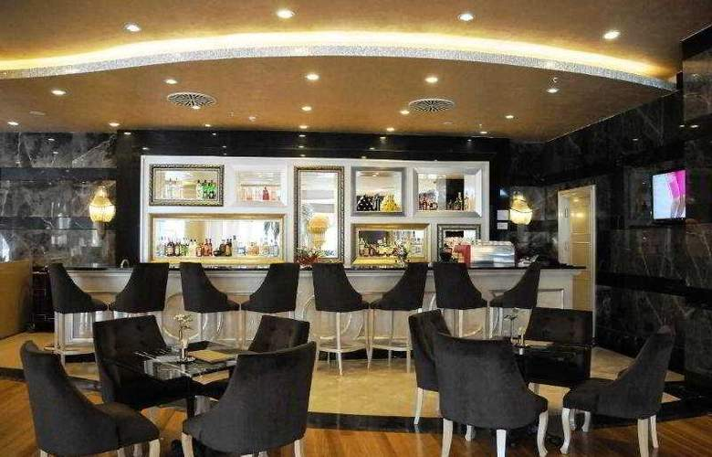 Limak Eurasia Luxury Hotel - Bar - 10