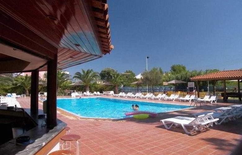 San Marina - Pool - 7