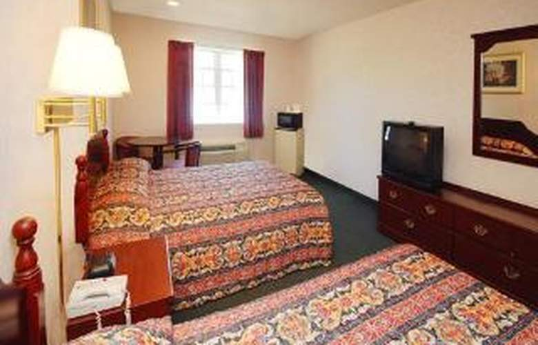 Econo Lodge Inn & Suites Downtown - Room - 2