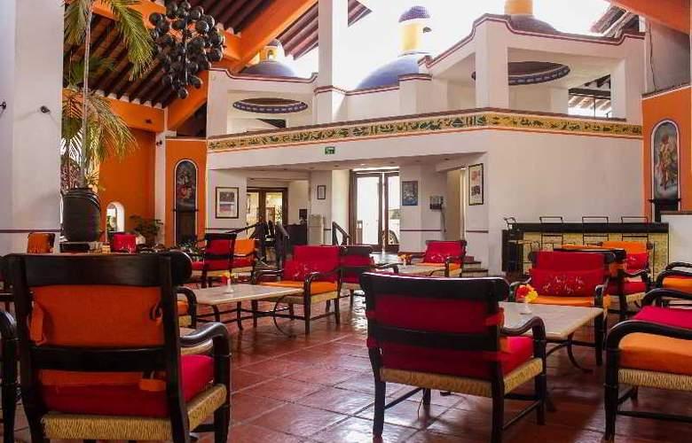 Hacienda Hotel & Spa - Hotel - 13