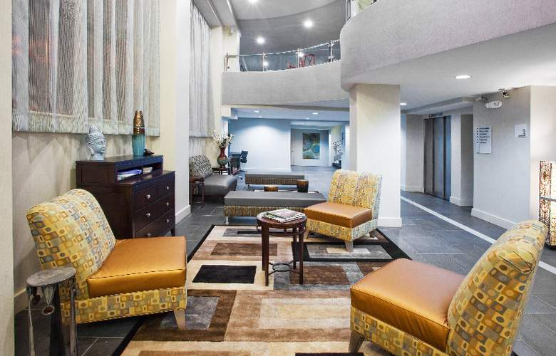 Holiday Inn Express & Suites Atlanta Downtown - General - 1