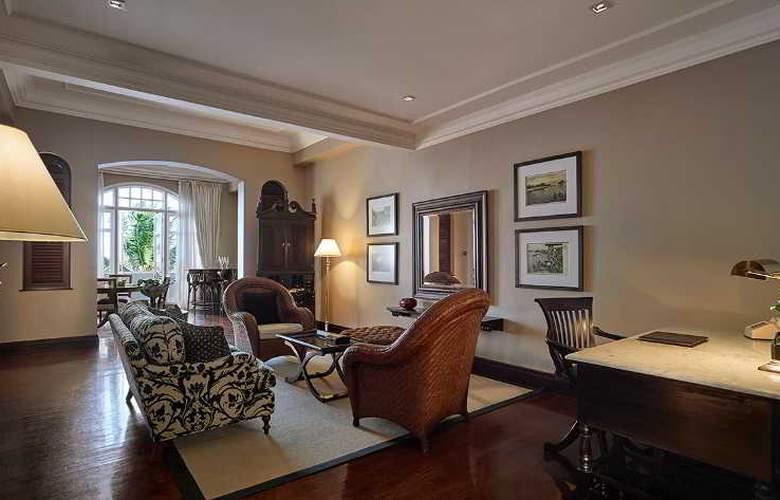 Eastern and Oriental Hotel Penang - Room - 28