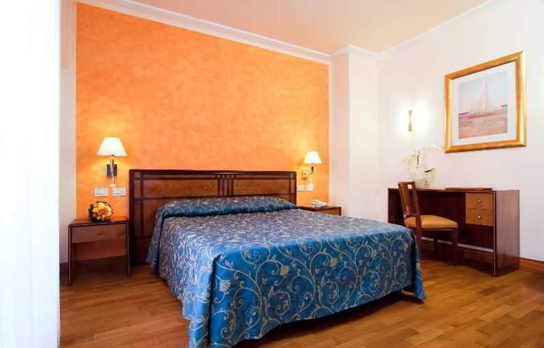 Versilia Palace - Room - 7